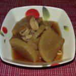 イカと大根と里芋の煮物つくってみました。半分主夫のチャレンジ。