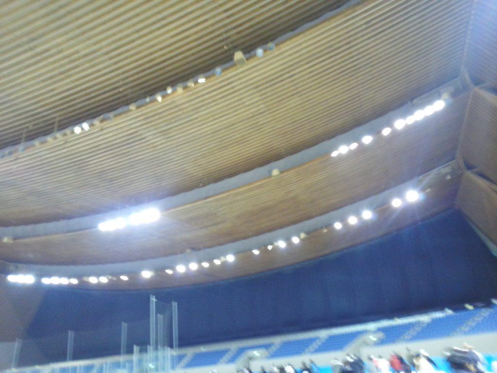 エムウェーブの天井