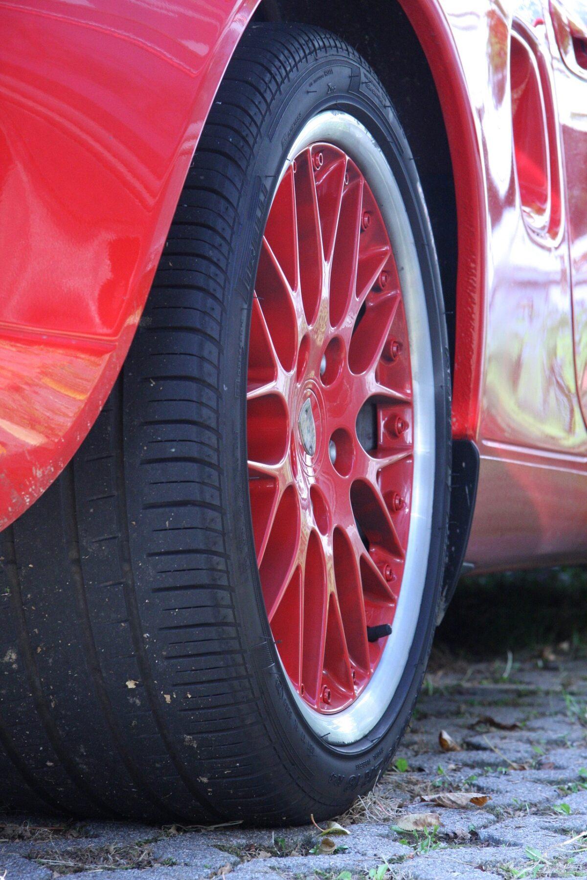 赤いレースカー
