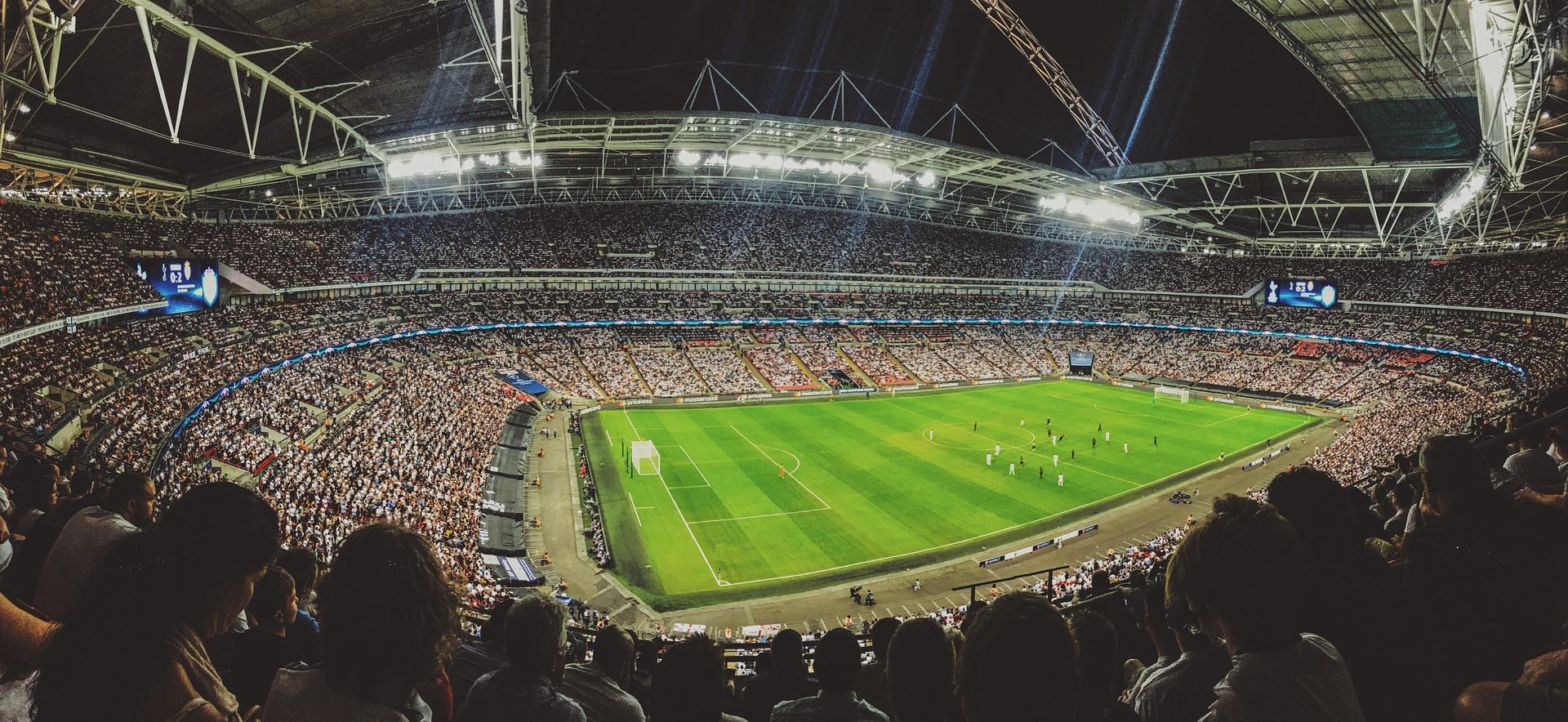 サッカースタジアムの画像