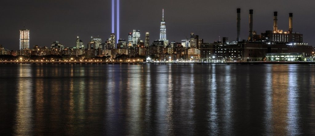 アメリカニューヨーク9.11追悼の光・アメリカ合衆国愛国者の日のイメージ画像