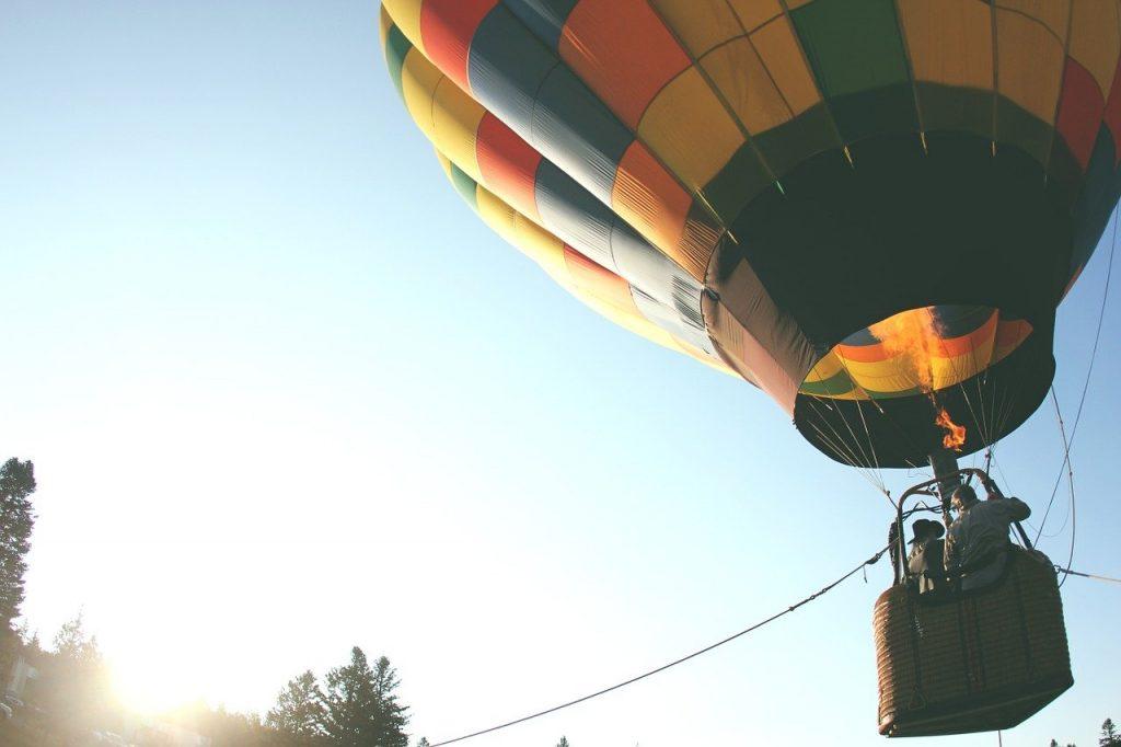 熱気球のイメージ画像