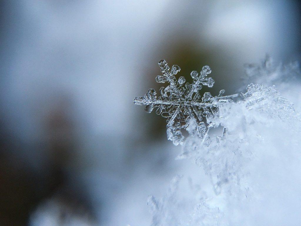 雪の結晶のイメージ画像