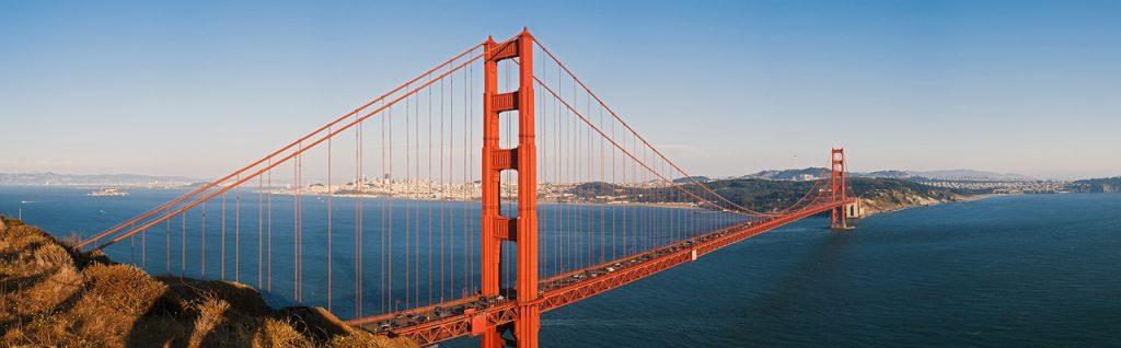 赤い橋・ブリッジのイメージ画像
