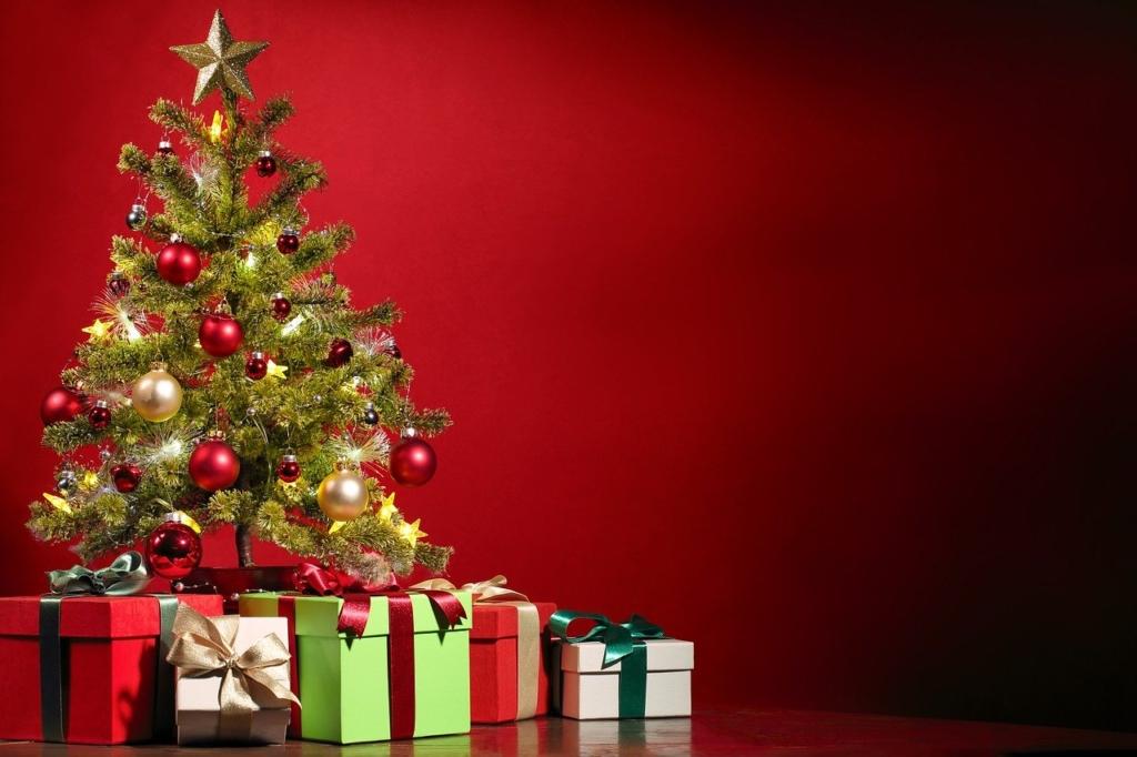 クリスマスツリー・プレゼントのイメージ画像